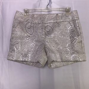 New York & Company Shorts White/ Silver